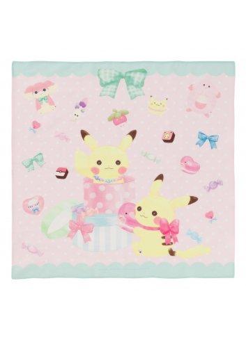 Handkerchief fluffy little pokémon (Twin Pikachu)