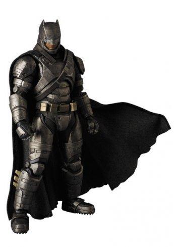 MAFEX ARMORED BATMAN (Batman v Superman: Dawn of Justice)