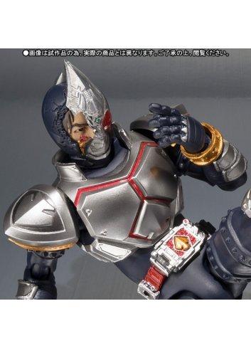 S.H.Figuarts Kamen Rider Blade (Broken Head Ver.) - Bandai