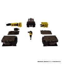 Transformers Earth Rise ER-04 Ironworks - Takara Tomy