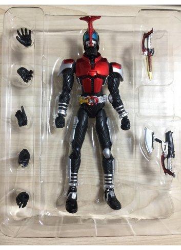 S.H.Figuarts Kamen Rider Kabuto (2008 released ver.) -Broken Legs-